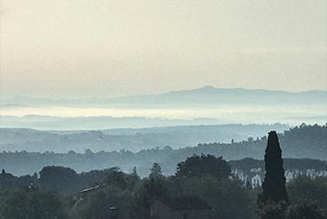 Kleur van het jaar 2020 Tranquil Dawn horizon uitgelicht
