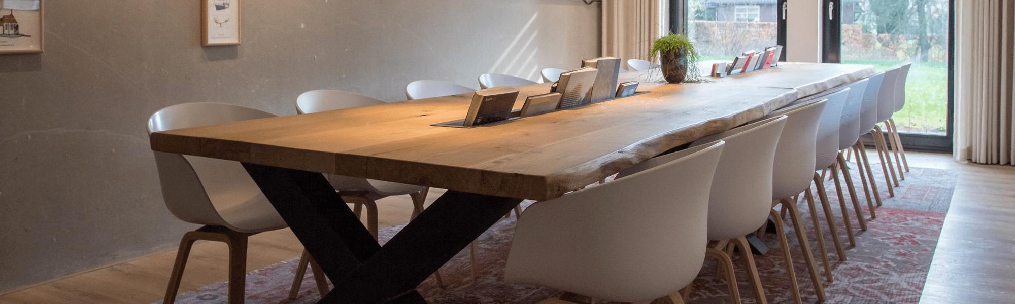 Projectinrichting meetingroom hotel