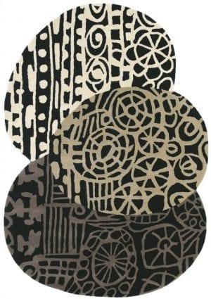 Vloerkleed Estella Fossil 84204 van Brink & Campman is een exclusief handgetuft karpet met een eigenzinnig cirkelvormig design. Het vloerkleed is samengesteld uit wol en is uitgevoerd in de kleur grijs. Het kleed heeft een afmeting van 140 x 200 cm.