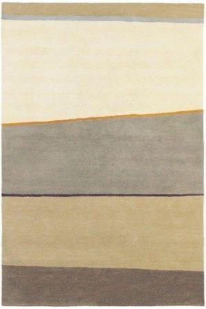 Vloerkleed Estella Horizon 83501 van Brink & Campman is een exclusief handgetuft karpet met een eigenzinnig strepen design. Het vloerkleed is samengesteld uit scheerwol en is uitgevoerd in de kleur beige. Het kleed heeft een afmeting van 140 x 200 cm.