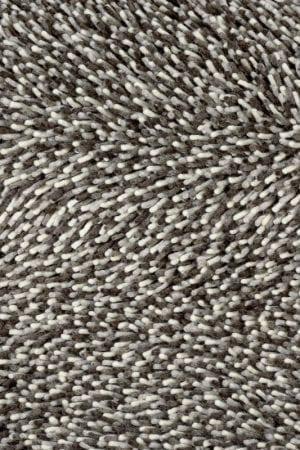 Vloerkleed Gravel Mix 68211 van Brink & Campman is een exclusief geweven & getuft karpet met een eigenzinnig verloop design. Het vloerkleed is samengesteld uit scheerwol en is uitgevoerd in de kleur wit, bruin. Het kleed heeft een afmeting van 140 x 200 cm.