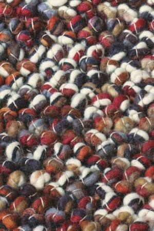 Vloerkleed Marble 29500 van Brink & Campman is een exclusief handgeweven karpet met een eigenzinnig verloop design. Het vloerkleed is samengesteld uit scheerwol en is uitgevoerd in de kleur wit, rood, meerkleurig. Het kleed heeft een afmeting van 140 x 200 cm.