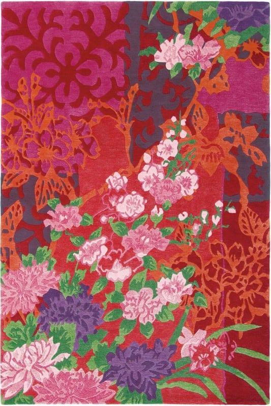 Vloerkleed Yara Garland 133300 van Brink & Campman is een exclusief handgeknoopt karpet met een eigenzinnig bloemen design. Het vloerkleed is samengesteld uit nieuw-zeeland wol, tibetaans wol en is uitgevoerd in de kleur rood, meerkleurig. Het kleed heeft een afmeting van 140 x 200 cm.
