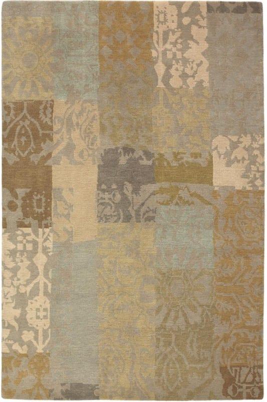 Vloerkleed Yara Patchwork 194001 van Brink & Campman is een exclusief handgeknoopt karpet met een eigenzinnig barock, bloemen, strepen design. Het vloerkleed is samengesteld uit nieuw-zeeland wol, tibetaans wol en is uitgevoerd in de kleur beige, meerkleurig. Het kleed heeft een afmeting van 140 x 200 cm.