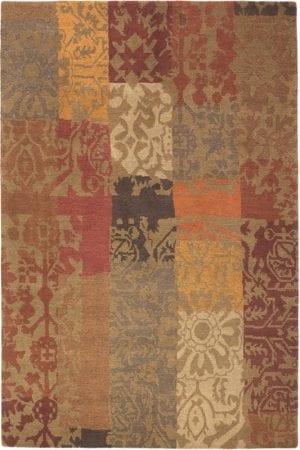Vloerkleed Yara Patchwork 194003 van Brink & Campman is een exclusief handgeknoopt karpet met een eigenzinnig barock, bloemen, strepen design. Het vloerkleed is samengesteld uit nieuw-zeeland wol, tibetaans wol en is uitgevoerd in de kleur bruin, meerkleurig. Het kleed heeft een afmeting van 140 x 200 cm.
