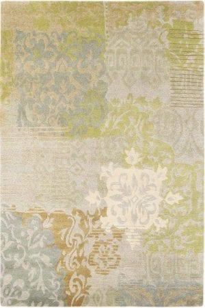 Vloerkleed Yara Venetië 196207 van Brink & Campman is een exclusief handgeknoopt karpet met een eigenzinnig barock, bloemen, ruitvormig design. Het vloerkleed is samengesteld uit nieuw-zeeland wol, tibetaans wol en is uitgevoerd in de kleur beige, groen, meerkleurig. Het kleed heeft een afmeting van 140 x 200 cm.