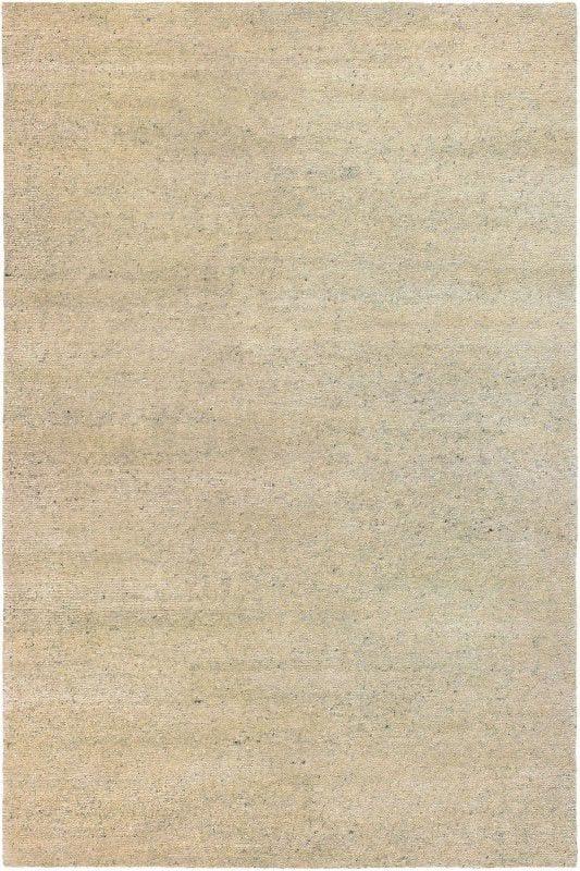 Vloerkleed Yeti 51003 van Brink & Campman is een exclusief handgeknoopt karpet met een eigenzinnig effen design. Het vloerkleed is samengesteld uit scheerwol en is uitgevoerd in de kleur beige. Het kleed heeft een afmeting van 140 x 200 cm.