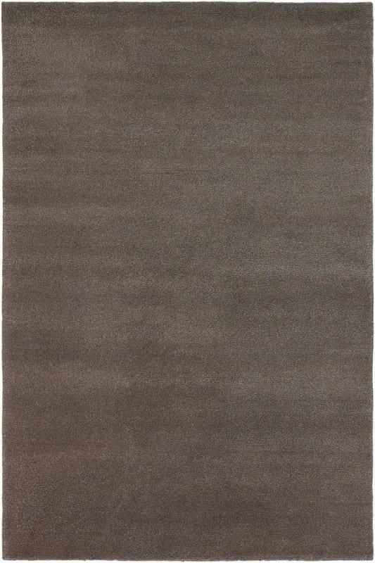 Vloerkleed Yeti 51005 van Brink & Campman is een exclusief handgeknoopt karpet met een eigenzinnig effen design. Het vloerkleed is samengesteld uit scheerwol en is uitgevoerd in de kleur bruin. Het kleed heeft een afmeting van 140 x 200 cm.