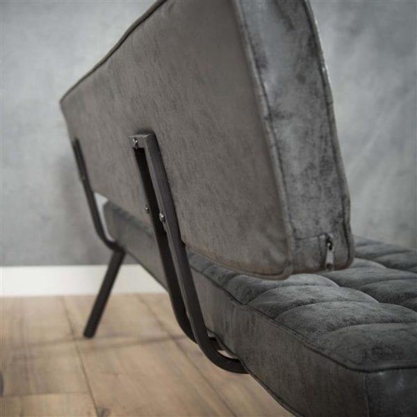Eetkamerbank 150 cm voorzien van kruisstiksel en een open rug. / Wax PU zwart. 4122/44W uit de eetkamerstoelen collectie van Zijlstrakleinmeubelen & verlichting bij Löwik Meubelen