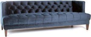 Vogue bank van Eleonora, uitgevoerd in zachte velvet / velours stof blauw