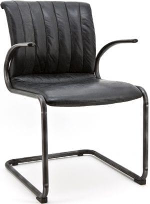 Alex armstoel, retro stijl stoel van Eleonora in Vintage leder