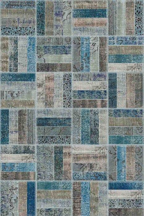 Vloerkleed Patch Collection - 15-008 Rotin - Handgeknoopt Patchwork-tapijt. Samenstelling: 50% wol + 50% katoen. Rug (gelijmd en genaaid): 100% katoen. Indien niet in voorraad is de levertijd circa 5 weken. Maatwerk mogelijk.