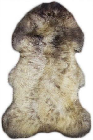 Vloerkleed Schapenvacht Mellee J-99103 - Origineel schapenvacht afkomstig uit Zuid Amerika. Elke vacht is uniek qua afmeting en vorm.