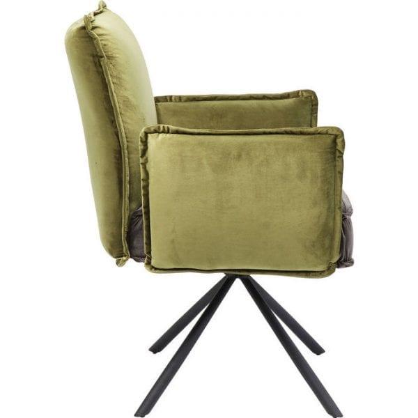Kare Design Armstoel Chelsea 83544 De piramideachtige poten zijn het kenmerk van deze stoel. Met zijn dik gestoffeerde zitting en armleuningen is hij bijzonder uitnodigend en comfortabel. Het mengsel van pistachegroen en grijsbruin is elegant en straalt rust uit. Een fenomeen: zowel mannen als vrouwen worden verliefd op deze stoel. - Lowik Meubelen