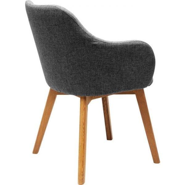 Kare Design Armstoel Lady Grey 83065 Gestoffeerde stoel: Scandinavische stijl Net zo chique maar nog comfortabeler dan de populaire plastic schelpstoelen: Lady biedt dankzij de comfortabele bekleding comfortabele zitplaatsen. De karakteristieke vorm wordt onderstreept door de massieve eiken poten. Of het nu gaat om een diner of een gezellige avond met vrienden: met Lady zit u altijd aan tafel in stijl. Het ontwerp werkt ook heel goed als een stoel aan de zijkant in de woonkamer, hal of slaapkamer. Dankzij zijn slimme uiterlijk is de gestoffeerde stoel geschikt voor elke inrichtingsstijl. Lady is ook verkrijgbaar in de kleur benzine en als een lederen bureaustoel. Ook chique: een mix van grijze en petrolkleurige stoelen! - Lowik Meubelen