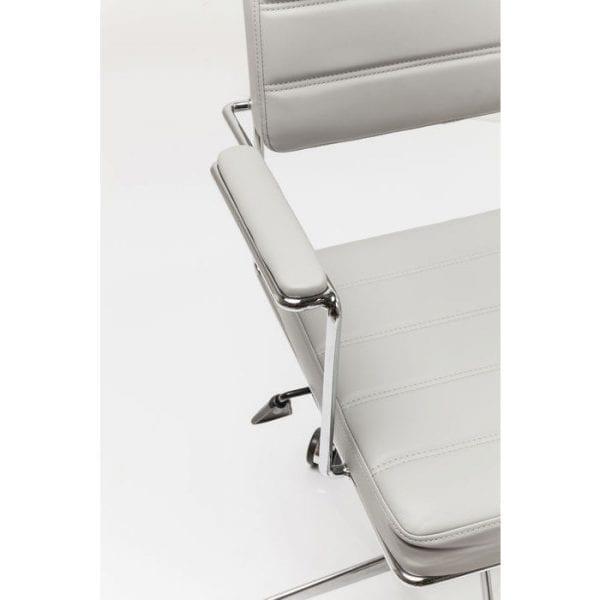 Kare Design Bureaustoel Dottore Grey 82892 Stoel: kantoor chic. Deze moderne bureaustoel maakt indruk met zijn elegante en filigrane ontwerp. Het verminderde, tijdloze uiterlijk belichaamt purisme met hoge ontwerpstandaarden. Fijne details zoals de decoratieve naden op de bekleding en het lichtvoetige, verchroomde frame versterken deze draaistoel verder. Dottore is perfect voor het moderne kantoor aan huis. Het kan worden geroteerd en in hoogte worden aangepast. Ook verkrijgbaar als gestoffeerde stoel en in andere uitvoeringen en kleuren. - Lowik Meubelen