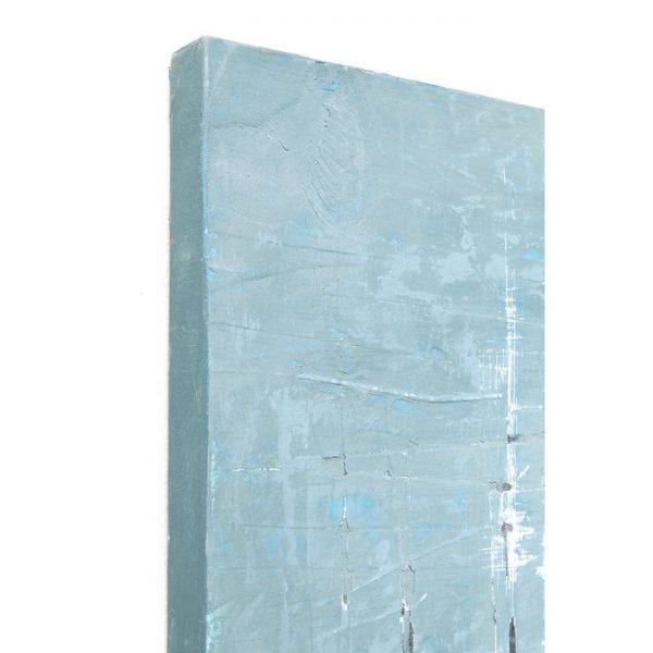 Oil Painting Abstract Blue One 150x120cm 60425 Uniek en met charme. Kleurovergangen en vervaagde kleuren, evenals scheuren en onbehandelde gebieden geven het olieverfschilderij zijn moderne vintage charme. Met een formaat van 150x120 vult het beeld ook grote muren. Elk is uniek. Kare Design