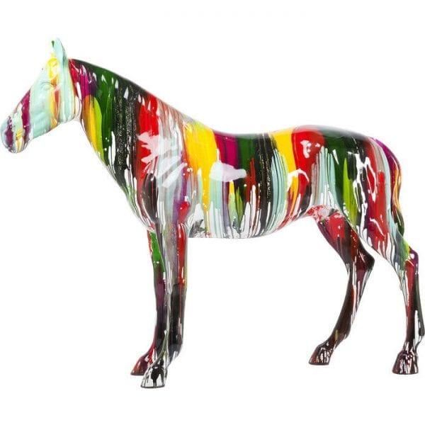 Deco Object  Horse Colore 36130 Kleurenclash - Dit paard lijkt direct onder een kleurendouche te hebben gestaan. Nu trekt het van alle kanten bewonderende blikken aan, waardoor elke inrichtingsstijl wordt opgefleurd met zijn kleurrijke uitstraling. Tientallen kleuren verspreiden zich vanaf de achterkant over het hele body, waardoor een aantrekkelijke mix ontstaat van klassieke paardenbeeld en schitterende kleuren. Een sierlijke creatie en een echte designbelichting die elke omgeving verbetert, of het nu een privéwoning is of een bedrijfspand. Een paard of pony ontworpen om de originele schaal. Kare Design