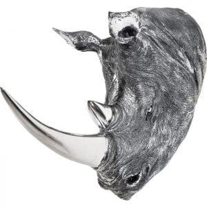 Deco Head Rhino Antique 32837 Betoverende neushoorn s hoofd in een rijke zilveren look. Een decoratieve neushoorn s hoofd met een speciale oppervlakte ontwerp voor echte antieke beroep. Met hun hoogglanzende afwerking detwee hoorns zorgen voor een aantrekkelijke touch. Detailrijk ontwerp. Kare Design