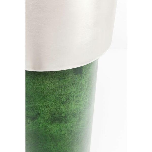 Lantaarn Eris 129cm 61101 Tafellantaarn: een exclusief statement-stuk Deze klassiek elegante, zilverachtige, glimmende lantaarn vormt een exclusieve aanvulling op elke kamer met zijn statige afmetingen. Dankzij de hoogte van 129 cm kan de kandelaar ook op de vloer worden getoond. Ook ziet er fantastisch uit in een groep met andere lantaarns. Beschikbaar in andere maten. Kare Design
