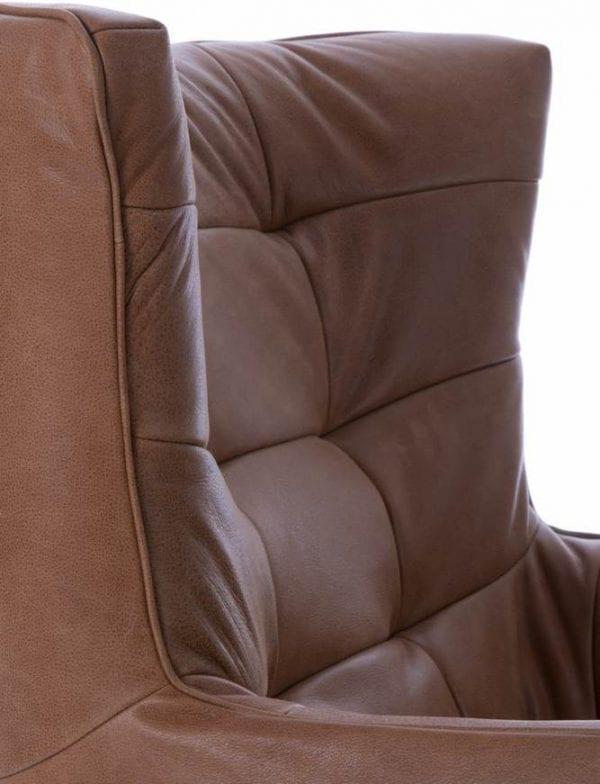 Carmelo fauteuil, schitterende design draaifauteuil in leder Vintage cognac, met zwarte metalen stervoet