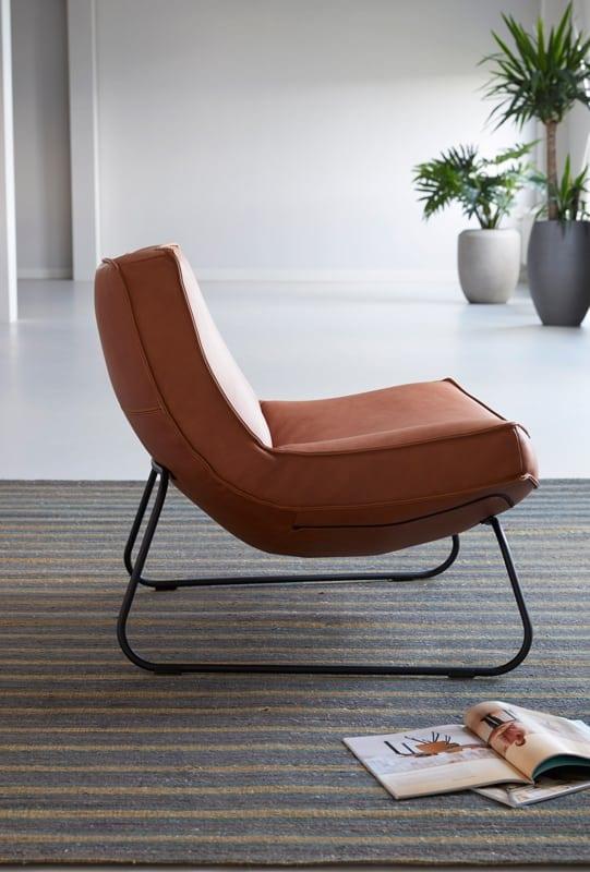 Ube fauteuil op sledepoot - HE-design fauteuils