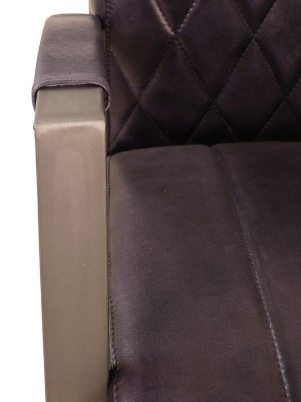Diamond fauteuil in handwashed buffelleder in kleur black glossy