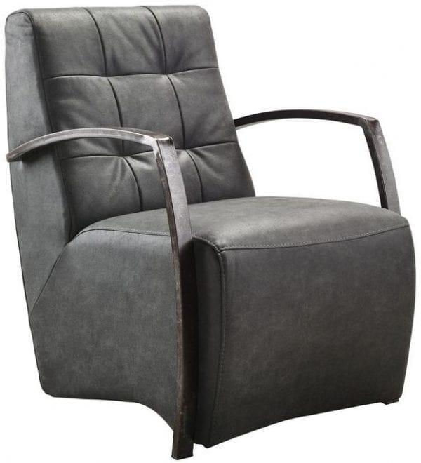 Fauteuil Metal koudschuim zitting/ bull antraciet uit de fauteuils Pronto Wonen Lowik Meubelen Uitgevoerd in microleder bull 67-antraciet met vintage armen, carré in de rug en HR+Visco-schuim in de zitting.