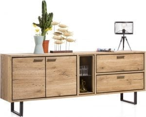 Denmark meubels Xooon, stoer woonprogramma uitgevoerd in eiken railway brown