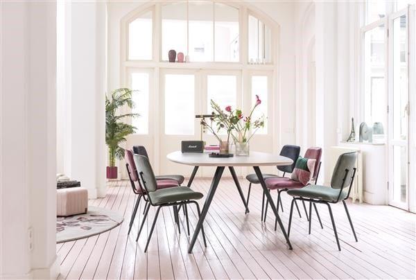 Novali eetkamerstoel - frame off black - rug in Caress & zit in Vito   XOOON Lowik Wonen & Slapen