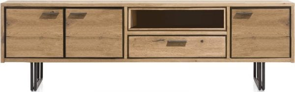 Denmark meubels, robuust woonprogramma uit de Xooon collectie vervaardigd uit eiken met metalen accenten