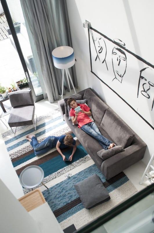 Bank Dragon 3-Seater Rib Grey modern design uit de Zuiver meubel collectie - 3200004