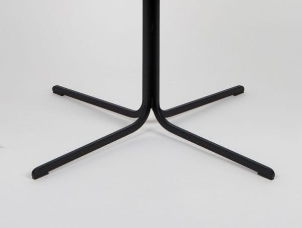 Armstoel Nikki Fab Brown modern design uit de Zuiver meubel collectie - 1200137