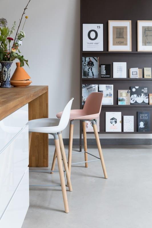 Barstoel Albert Kuip Old Pink modern design uit de Zuiver meubel collectie - 1500054