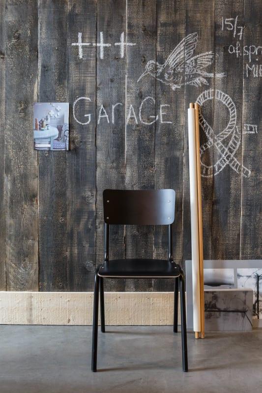 Eetkamerstoel Back To School Hpl Orange modern design uit de Zuiver meubel collectie - 1008204
