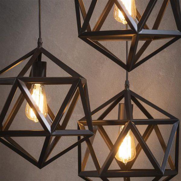 Hanglamp 3L triangle / Zwart. 8144/44 uit de hanglampen collectie van Zijlstrakleinmeubelen & verlichting bij Löwik Meubelen