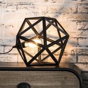 Tafellamp 1L triangle/Zwart. 8143/44 uit de tafellampen collectie van Zijlstrakleinmeubelen & verlichting bij Löwik Meubelen