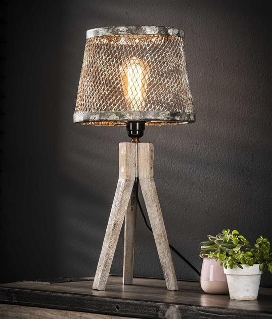 Tafellamp massief houten driepoot / Verweerd koper. 8240/32V uit de tafellampen collectie van Zijlstrakleinmeubelen & verlichting bij Löwik Meubelen