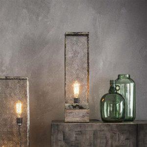 Tafellamp rechthoek mesh houten voetje / Verweerd koper. 8243/32V uit de tafellampen collectie van Zijlstrakleinmeubelen & verlichting bij Löwik Meubelen