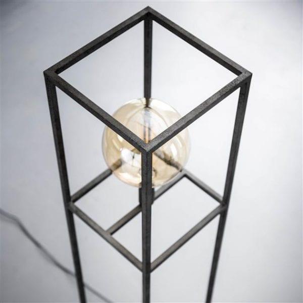 Vloerlamp giant square / Oud zilver. 7721/29 uit de vloerlampen collectie van Zijlstrakleinmeubelen & verlichting bij Löwik Meubelen