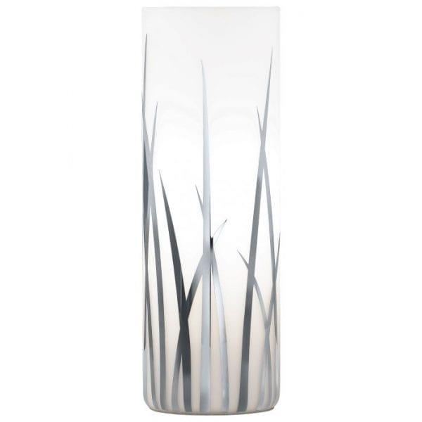 Rivato Tafellampen uit de lampen collectie van Eglo, schitterende lamp vervaardigd van null, null van kleur en passend bij vele interieurstijlen. De Tafellampen is voorzien van een E27 fitting. Tafellampen Rivato wordt geleverd exclusief lichtbron(nen).