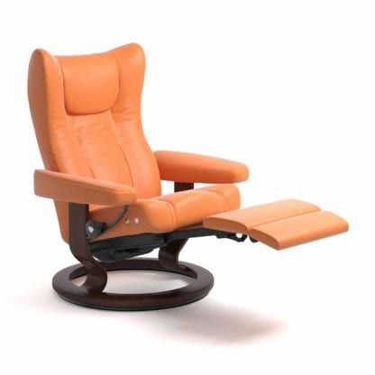 Stressless Wing relaxfauteuil - null Paloma apricot orange - maatvoering M - Classic onderstel, LegComfort voetenbank - Lowik Wonen & Slapen fauteuil collectie