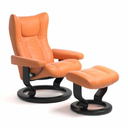 Stressless Wing relaxfauteuil - leder Paloma apricot orange - maatvoering S - Classic onderstel - Lowik Wonen & Slapen fauteuil collectie