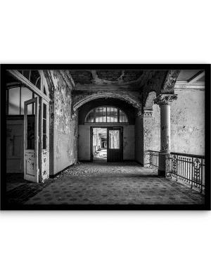 The Derelict Hallway wandkleed Urban Cotton, design  - Alu Dibond Butlerfinish