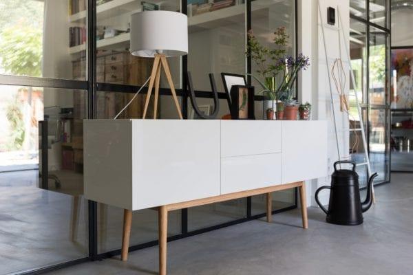 Tafellamp Tripod Wood White modern design uit de Zuiver meubel collectie - 5200009