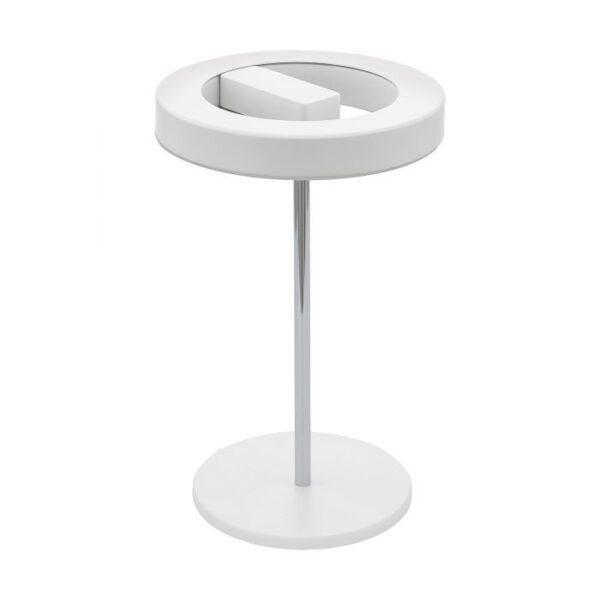 Alvendre tafellamp uit de tafellampen collectie van Eglo, verlichting voor een sfeervol thuis! Schitterende lamp vervaardigd uit metaal, wit, chroom van kleur en passend bij vele interieurstijlen. De tafellamp is voorzien van een LED fitting. Tafellamp Alvendre wordt geleverd inclusief lichtbron(nen).
