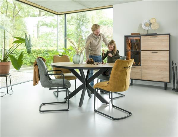 Henders & Hazel Mischa barstoel - swing vierkant + greep - stof Karese - okergeel  Eetkamerstoel