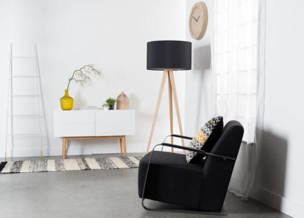 Zuiver Cabinet High On Wood 2Dr 1Do  Kast