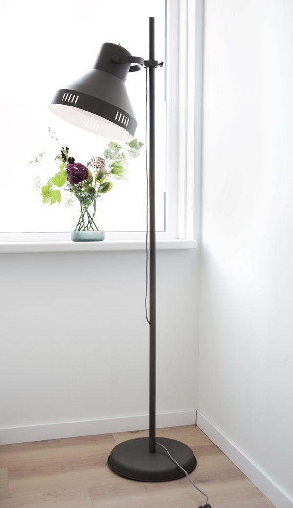 Floor Lamp Tuned - Black Leitmotiv Woonaccessoire LM1910BK