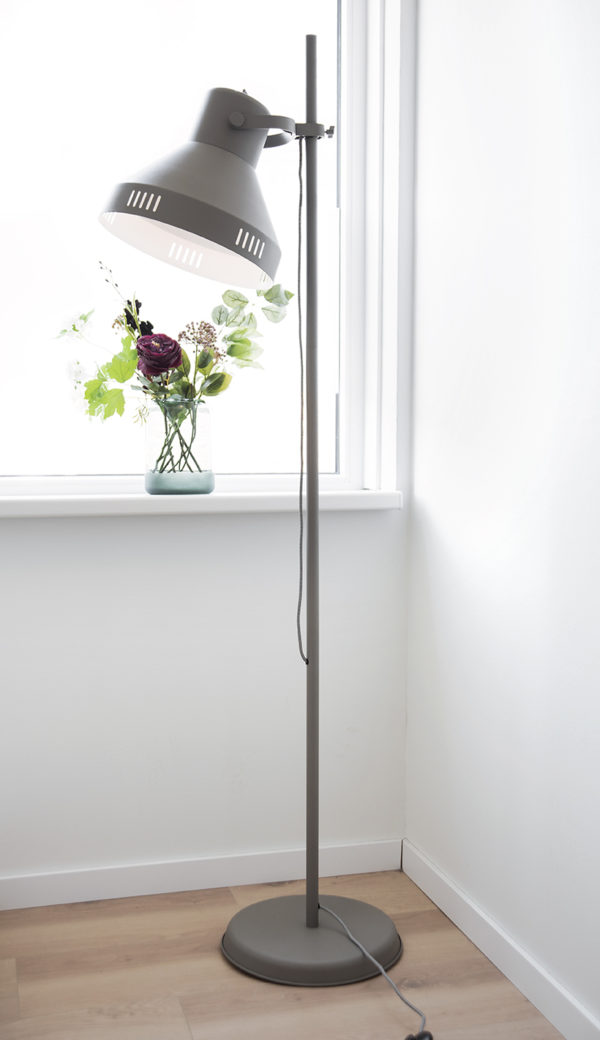 Floor Lamp Tuned - Mouse grey Leitmotiv Woonaccessoire LM1910GY